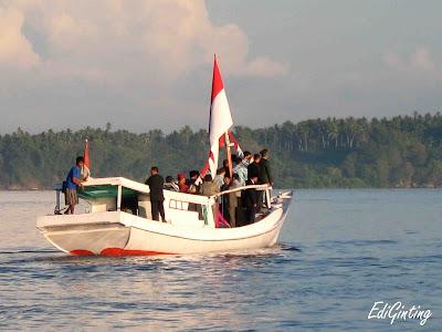 bendera merah putih di pulau terluar