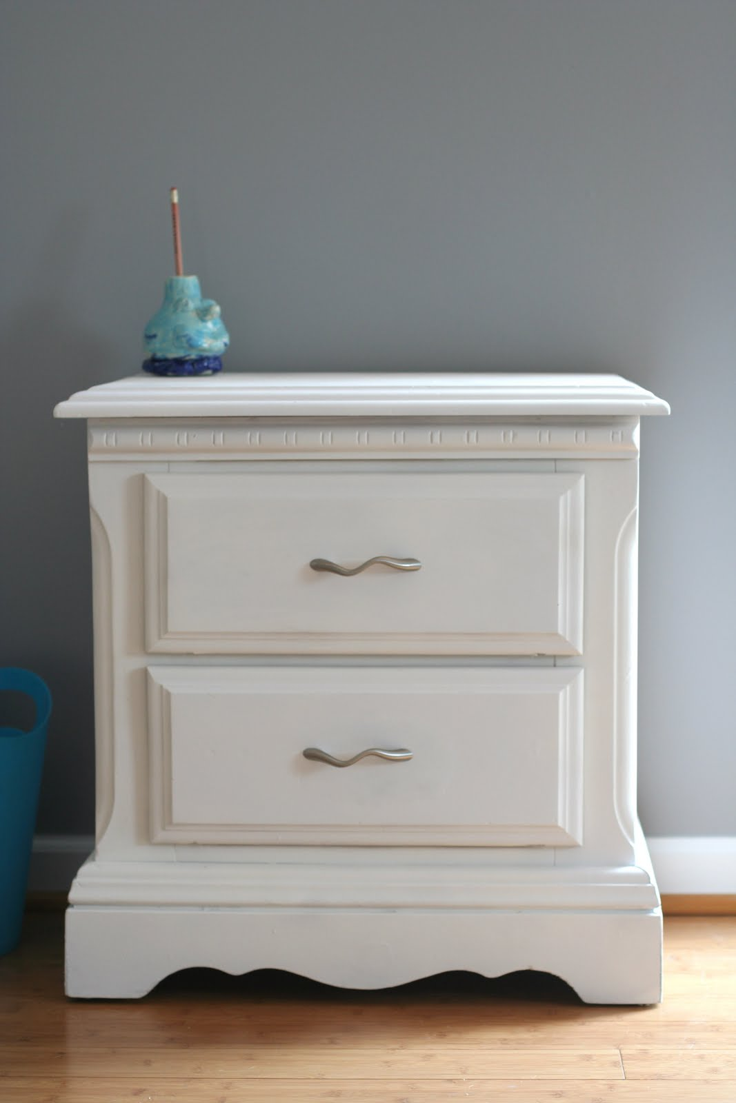 Pinterest challenge: spray painting furniture