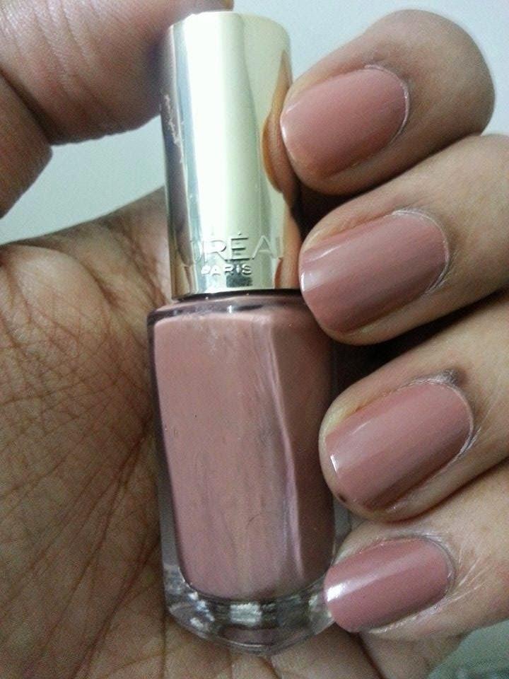 L\'Oréal Colour Riche Nail Color 107 Beige Boheme-Review, Photos ...