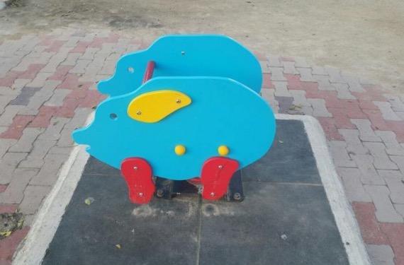 Permainan bentuk babi di Esplanade ditukar kepada bentuk burung