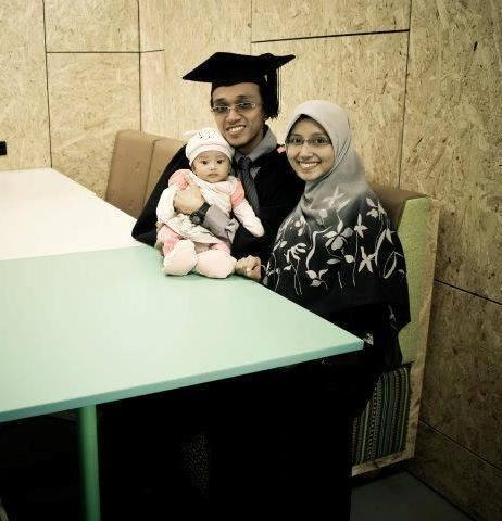 Kisah Bagaimana Pasangan Ini Kahwin Muda Walaupun Masih Belajar
