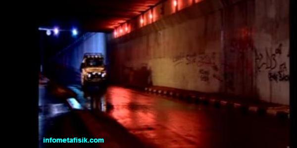 Terowongan Casablanca dan Kisah Nenek Misterius infometafisik.com