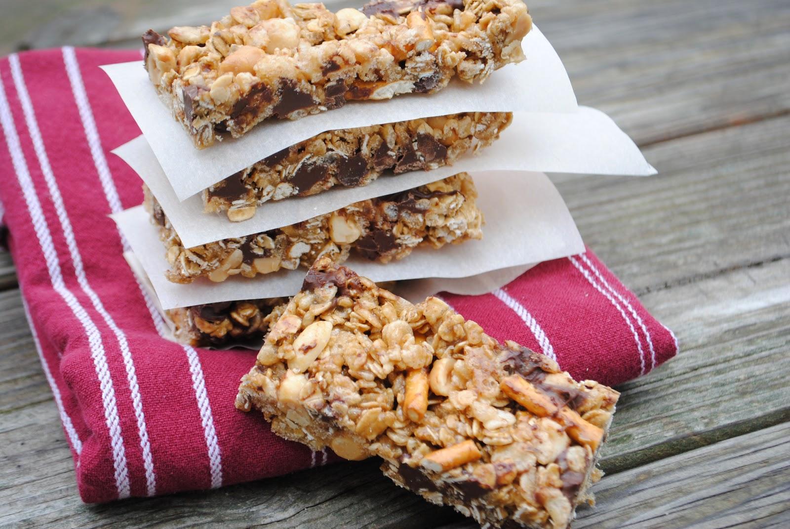 Chocolate Chip Granola Bars - Shugary Sweets