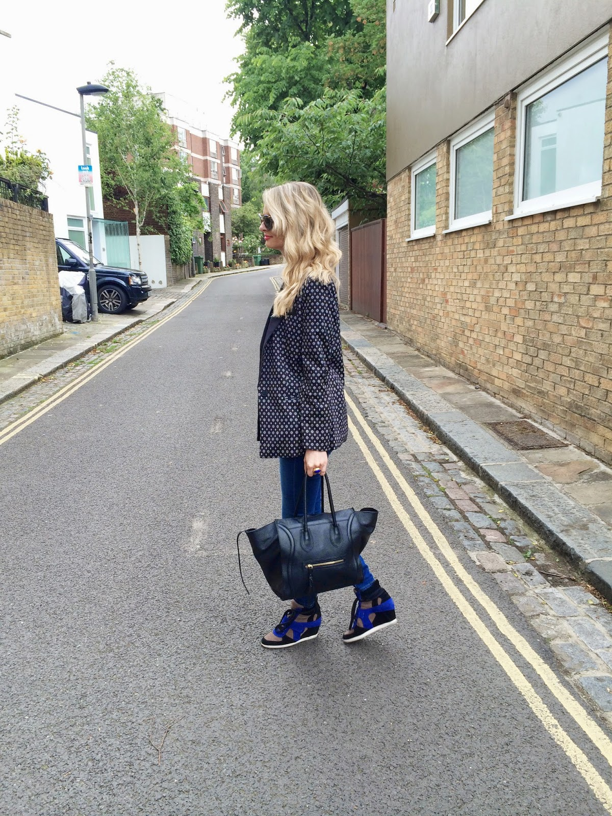 street style, fashion blogger, look book, street style london, mango blazer, printed blazer, asos, asos blazer, boyfriend blazer, ridley jeans, ash trainers, ash shoes, ash wedge trainers, celine bag, celine look a like bag, celine style bag