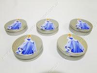 Lembrancinhas personalizadas temáticas Cinderela - Latinhas