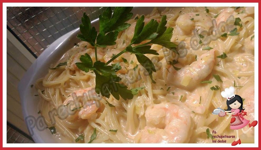 *Espaguetis con puerros y langostinos (thermomix)