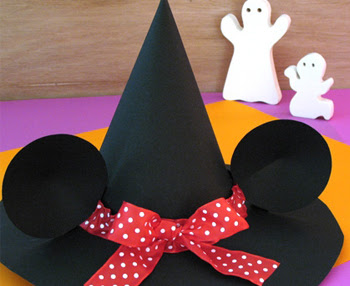 Minnie's Witch Hat