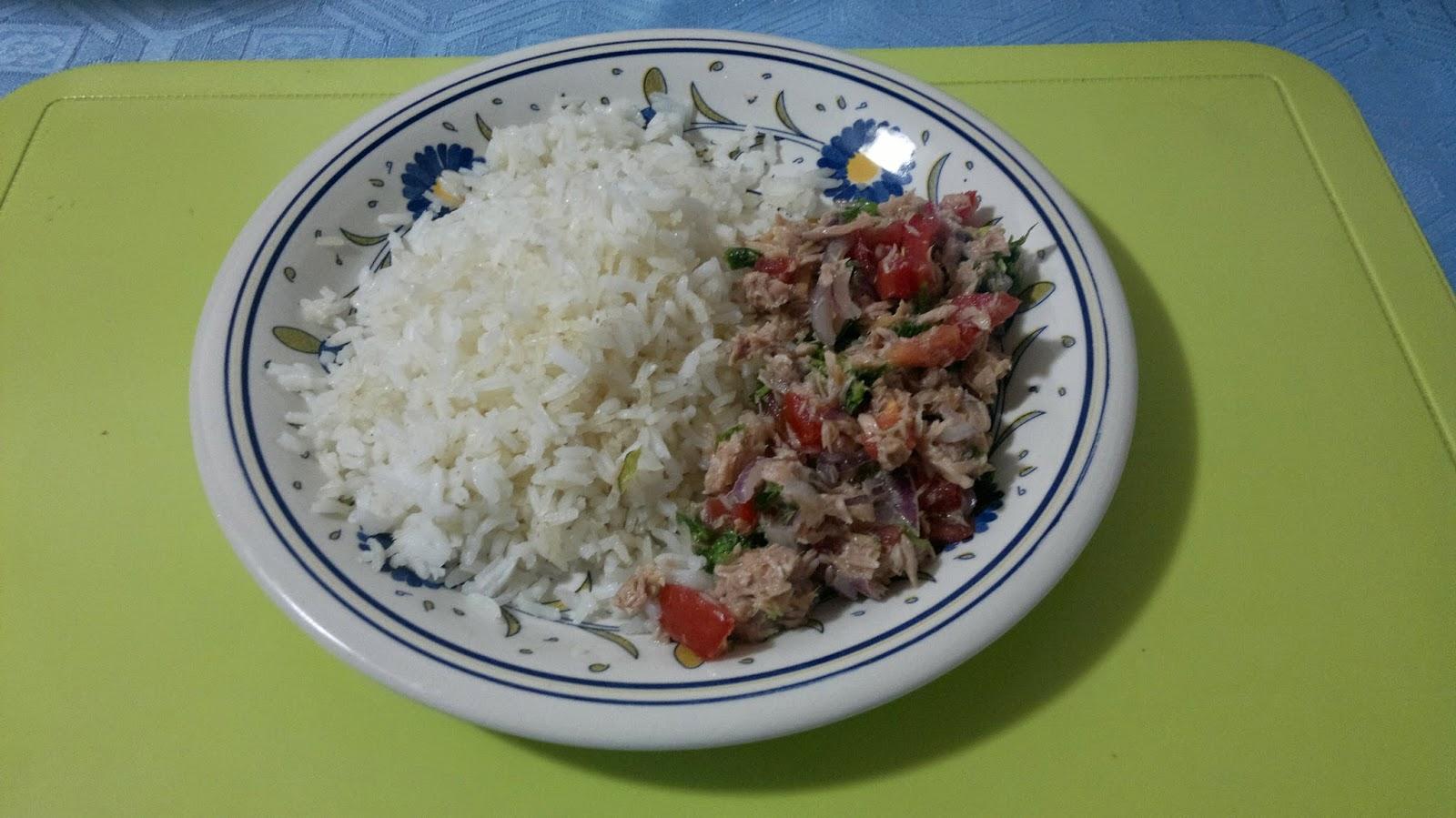 Recetas de cocina ecuatoriana encebollado de at n con - Comidas con arroz blanco ...