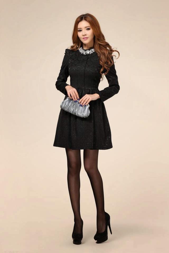 gaun pesta pendek hitam