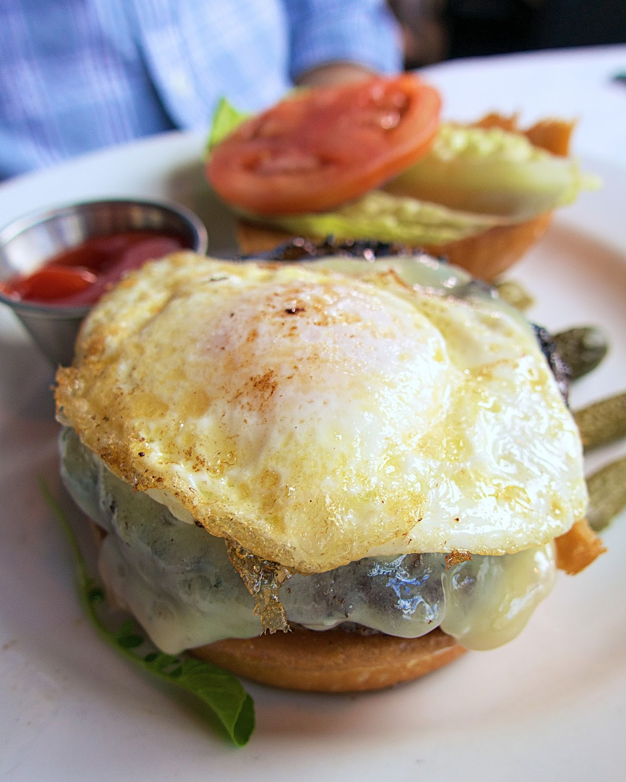 Mon Ami Gabi hamburger