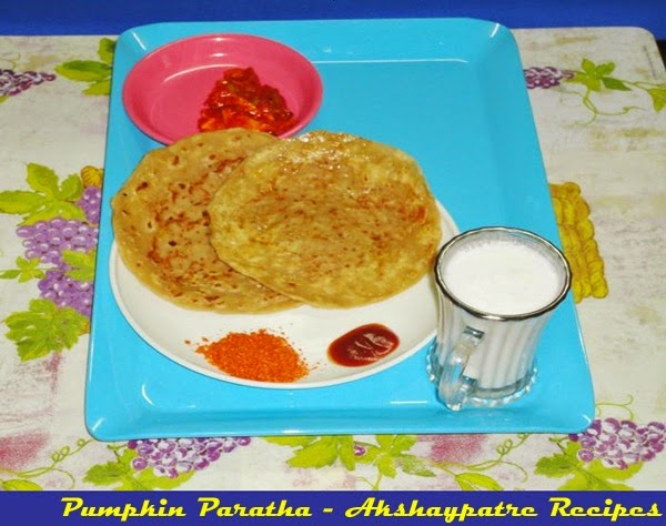 lal bhopla paratha in a serving plate