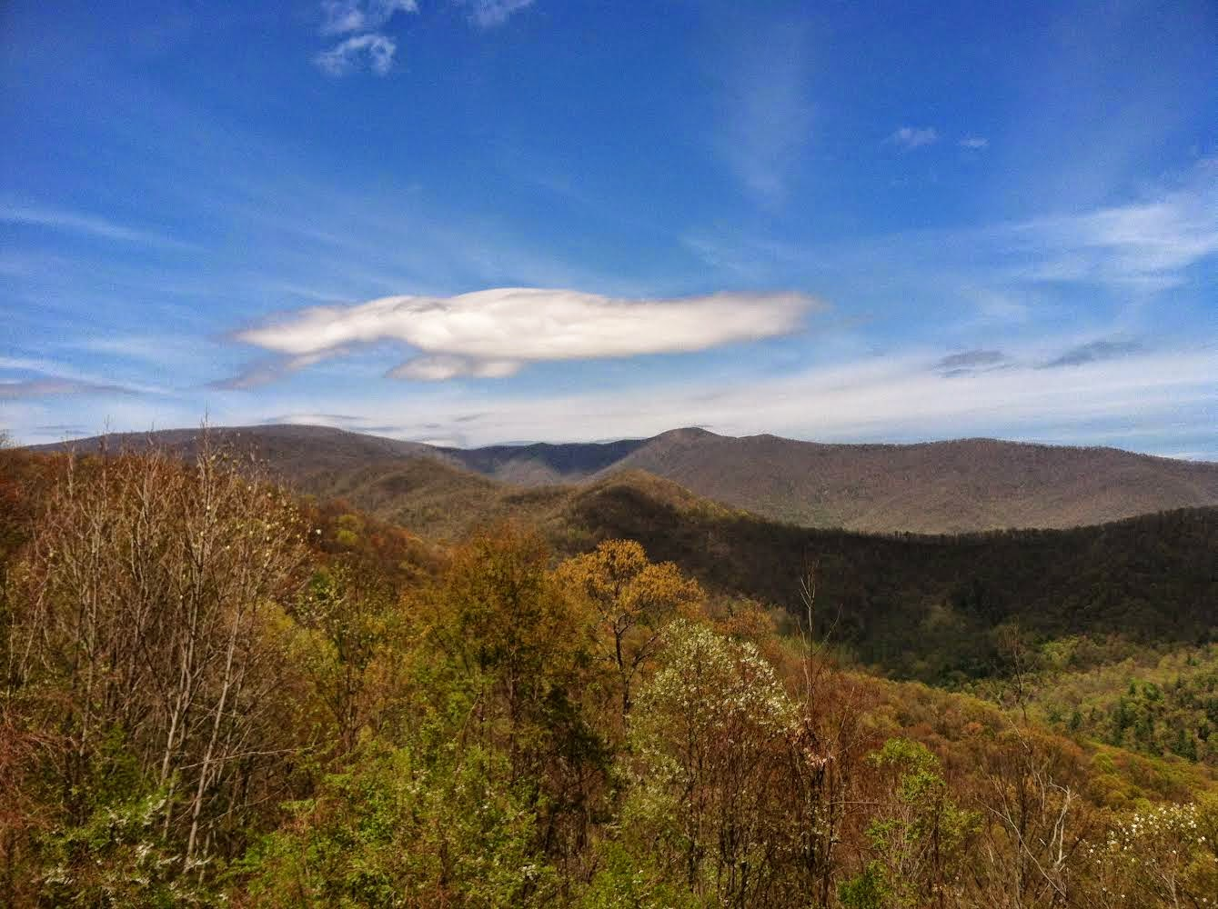 Whats the travel buzz gods country the great smoky for God s gift cabin gatlinburg