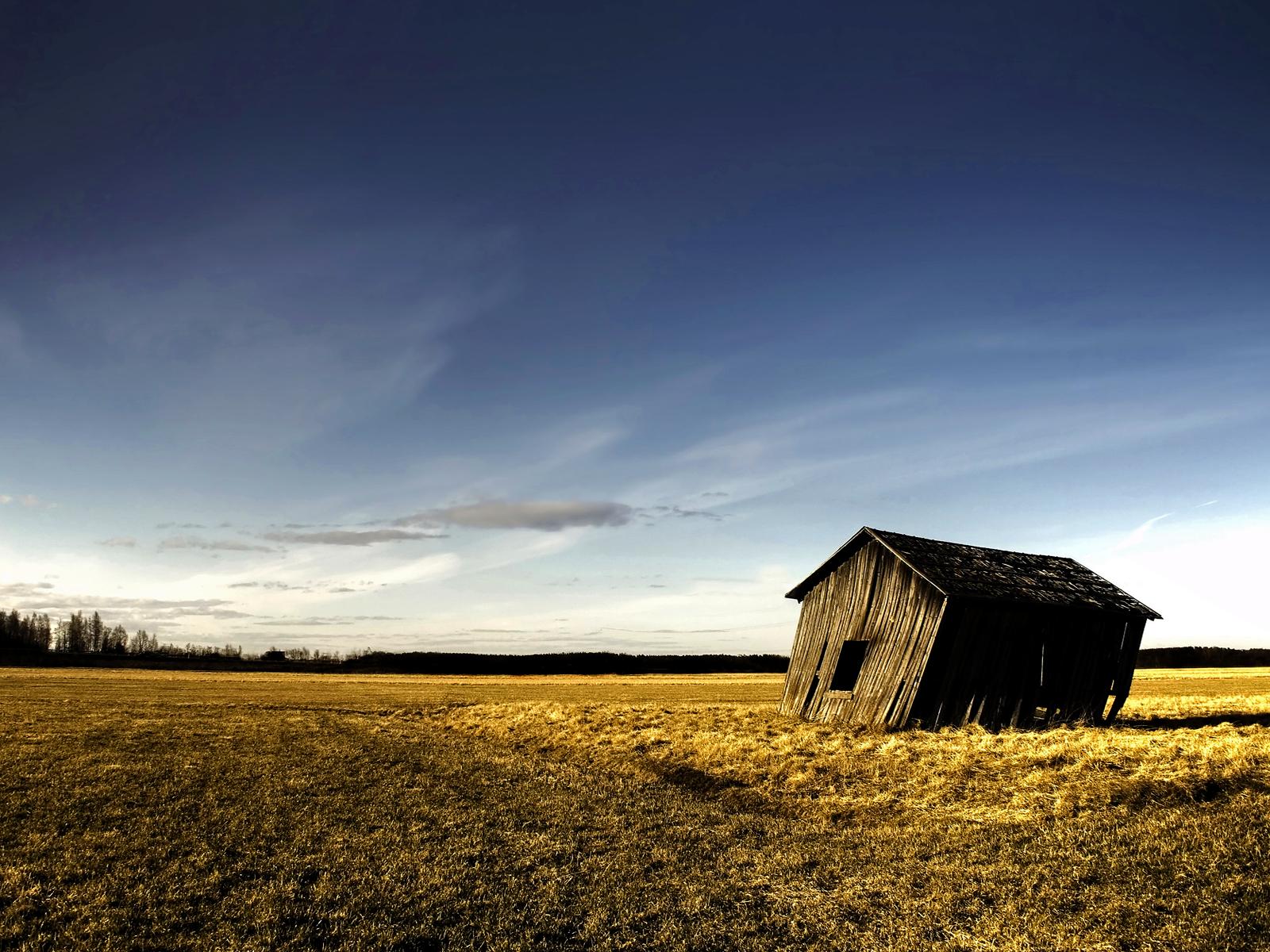 http://4.bp.blogspot.com/-gK1qShdRG2o/ToCailD-fLI/AAAAAAAAAdo/-CAlYesReqg/s1600/windy-prairie-wall-inkbluesky.png