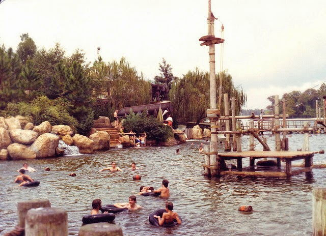 46 wonderful color photos of walt disney world from the