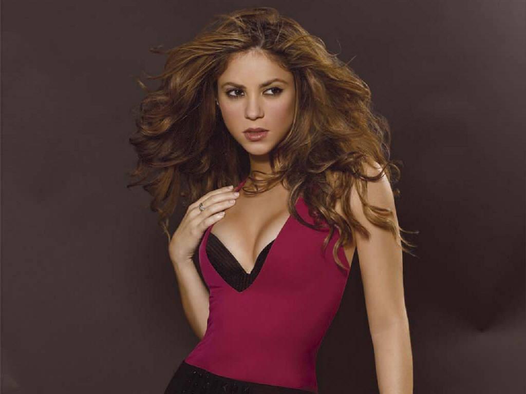 http://4.bp.blogspot.com/-gKItWJdzHTM/TiAchxrSjBI/AAAAAAAARYw/t8cv-sx9wnM/s1600/Shakira_wallpapers%2B%25286%2529.jpg
