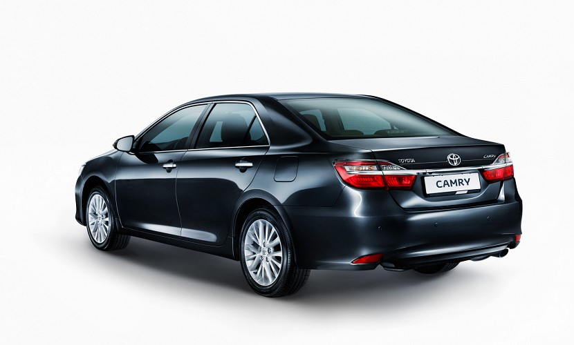 toyota gives 2015 camry a facelift for russia. Black Bedroom Furniture Sets. Home Design Ideas