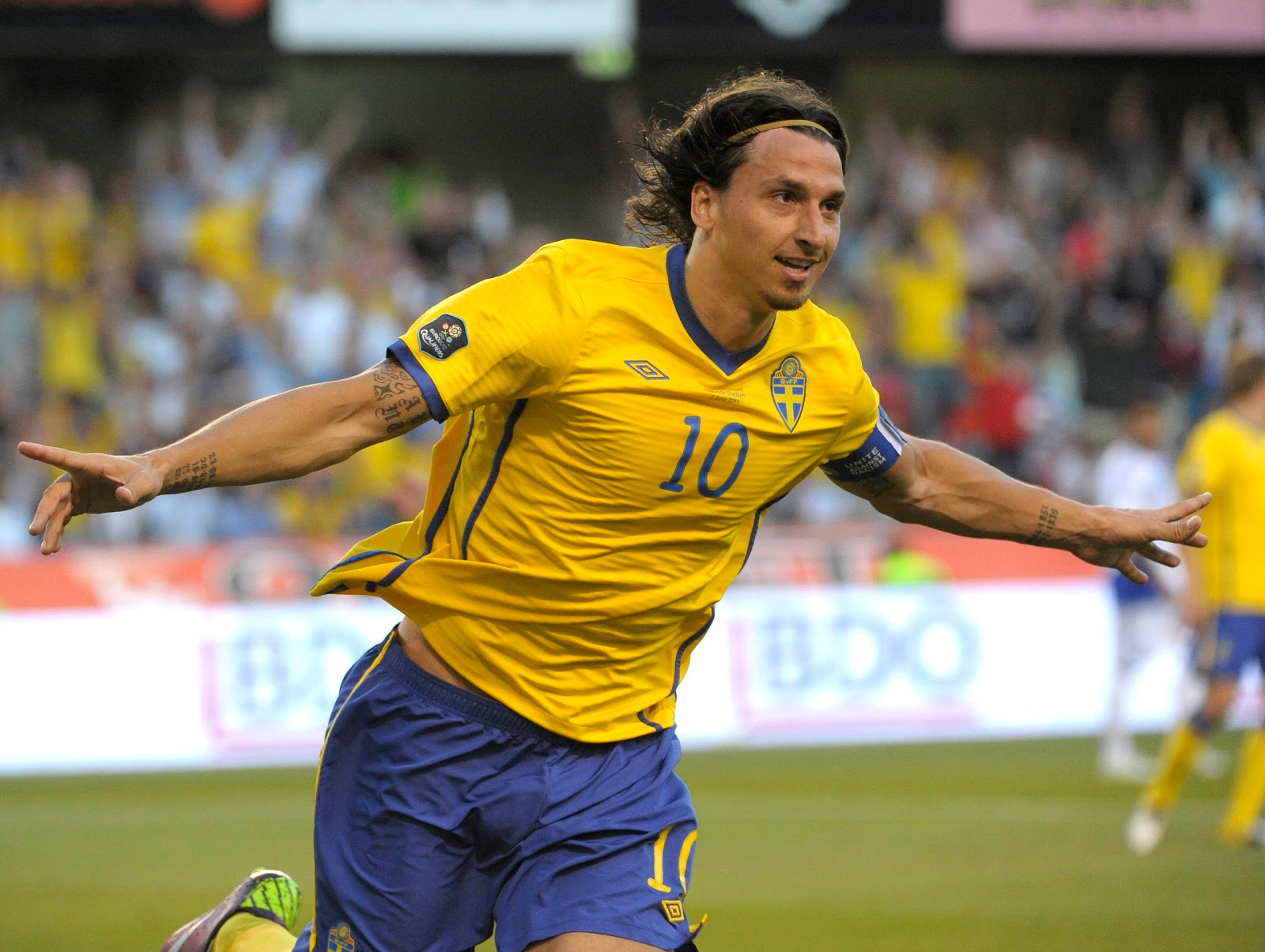 zlatan ibrahimovic profile and images wallpapers all. Black Bedroom Furniture Sets. Home Design Ideas