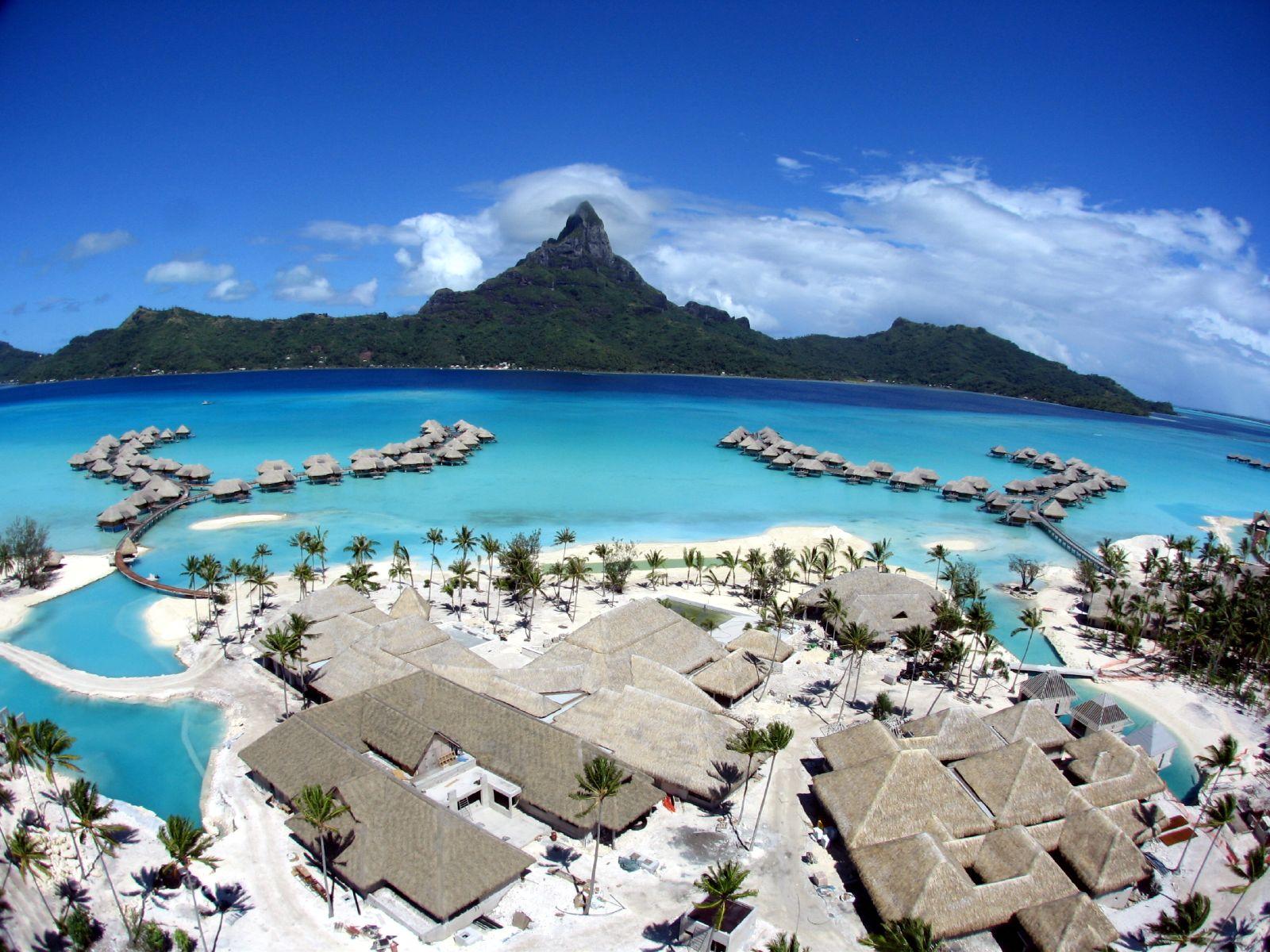 Bora-Bora-French-Polynesia-2.jpg