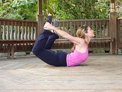 10 Pose Yoga untuk Mengecilkan Perut - Bag. 1
