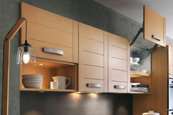 Sistemas de apertura para muebles altos por cu l - Puerta abatible cocina ...