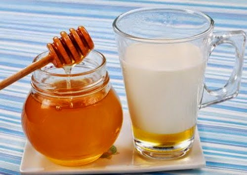 Điều trị tàn nhang bằng mật ong