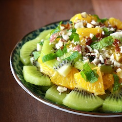 healthy holiday fruit salad recipe with kiwi
