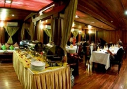 Restaurant - Indochina Sails