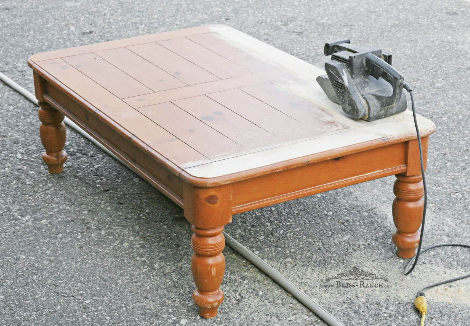 Bliss ranch pine coffee table makeover for Coffee table makeover ideas