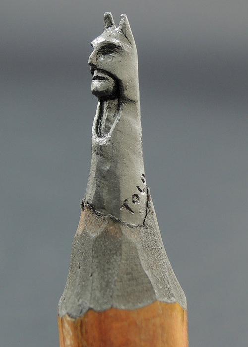 12-Batman-Jasenko-Đorđević-Miniature-Sculptures-in-Pencil-Graphite-Lead-www-designstack-co
