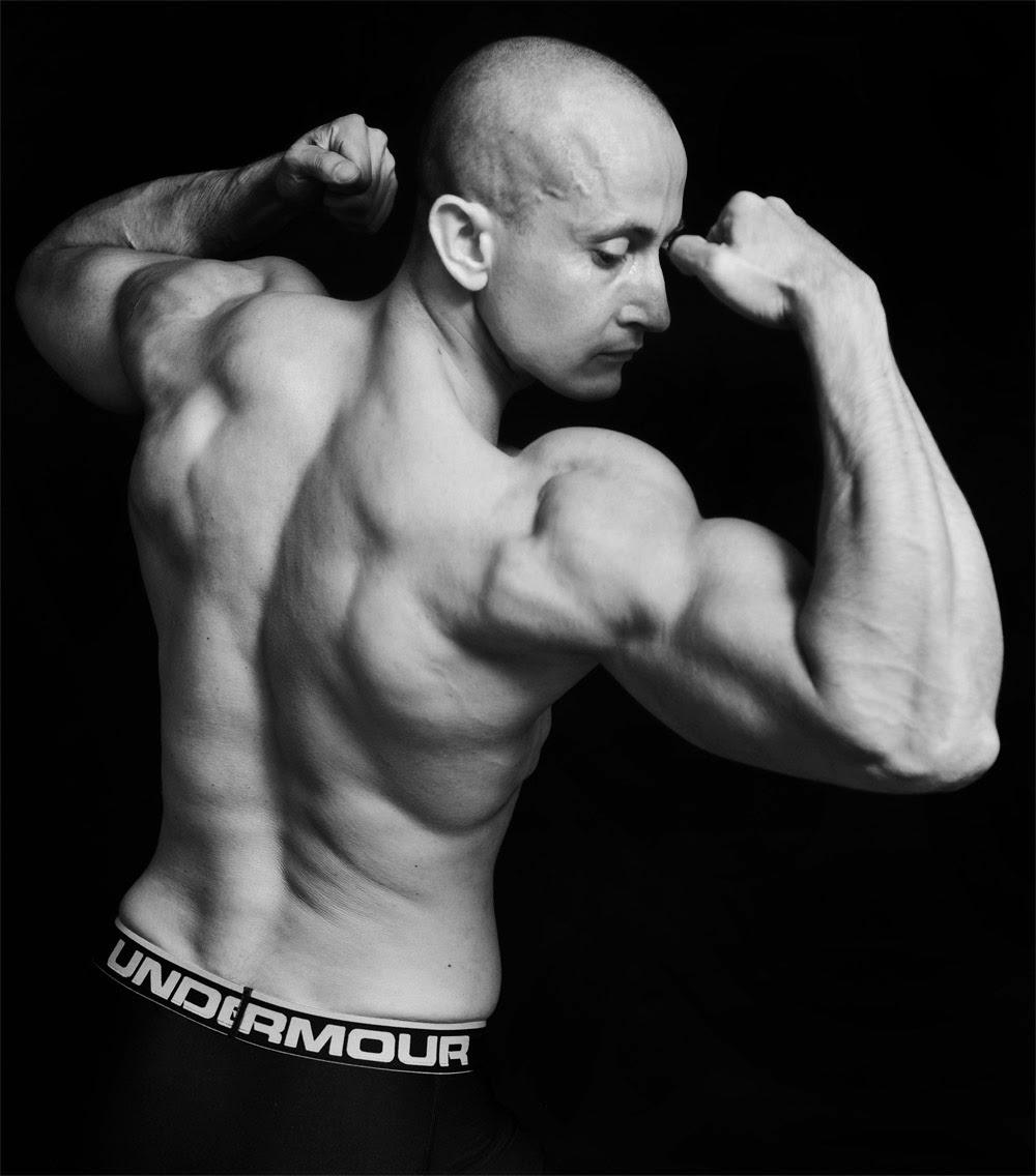 budowa masy mięśniowej, odchudzanie, rzeźbienie ciała