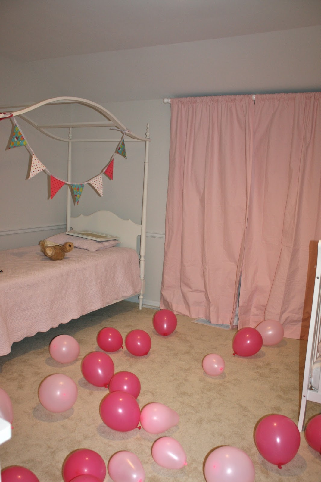 Adalyn 39 s 2nd birthday toddler birthday ideas julie blanner - Bedroom decorating with balloons ...
