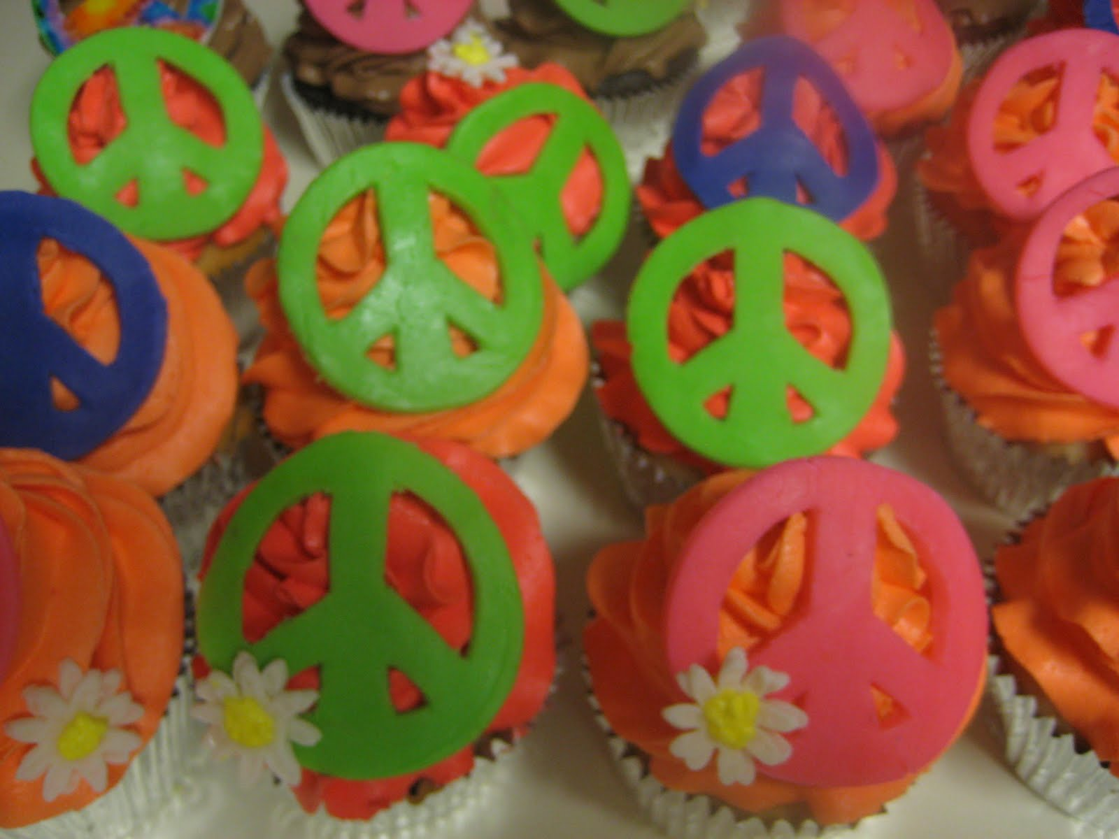 Download image Peace Sign Cupcakes PC, Android, iPhone and iPad ...