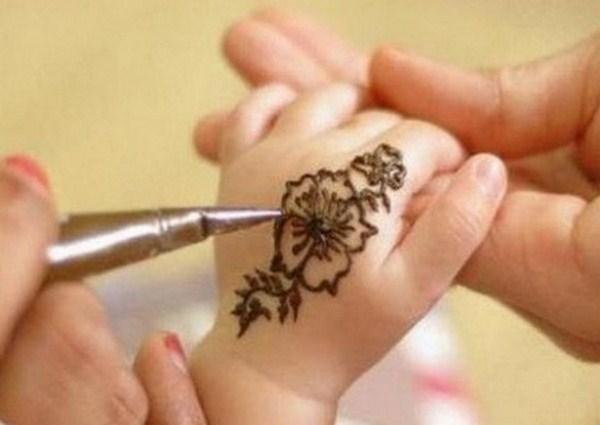 Mehndi Designs For Kids And Eid : Rizstyles eid mehndi designs for kids