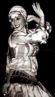 que es la danza oriental. Disociando infinitos