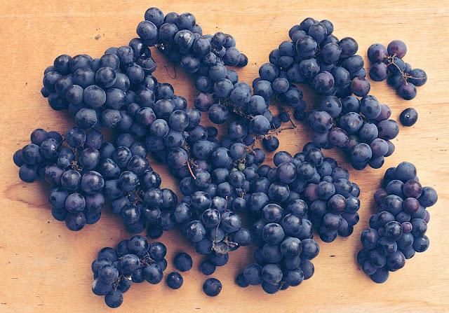 propiedades de la uva negra