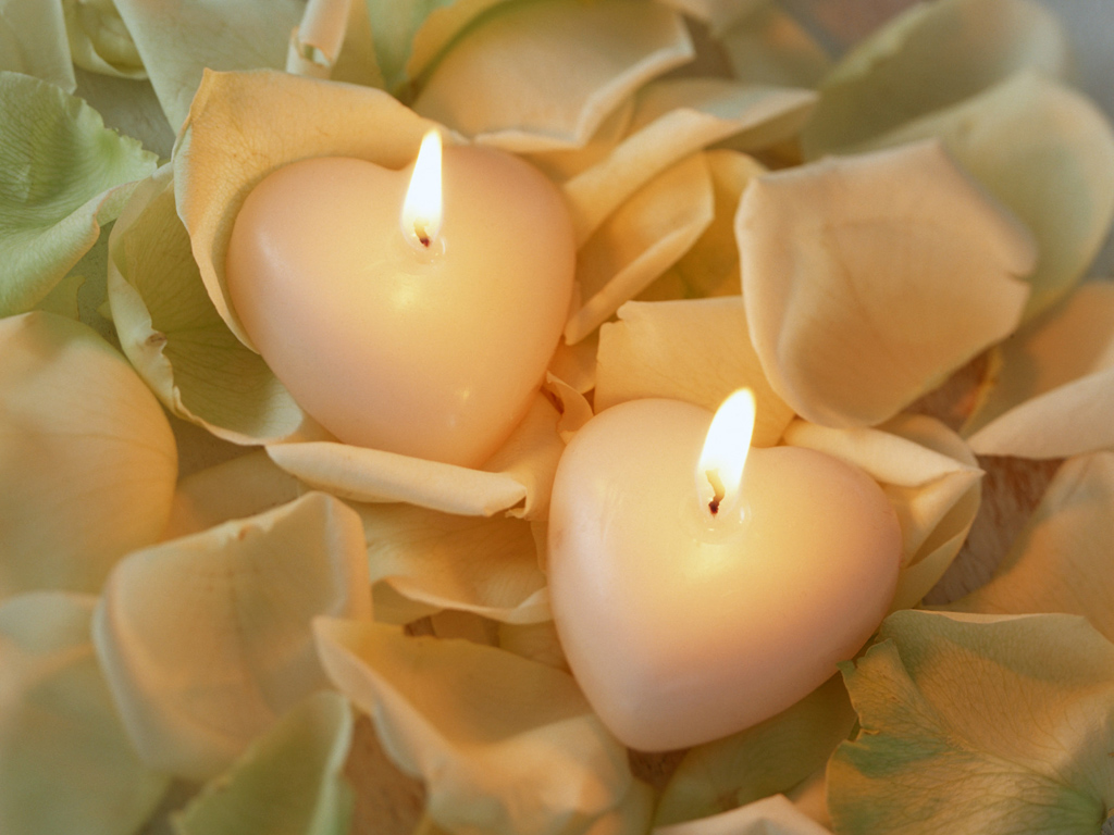 http://4.bp.blogspot.com/-gMQUguCgoSg/ToSEjlva_fI/AAAAAAAAAgc/fHdGkvwGMBo/s1600/romantic-sweet-heart-candle-wallpapers.jpg