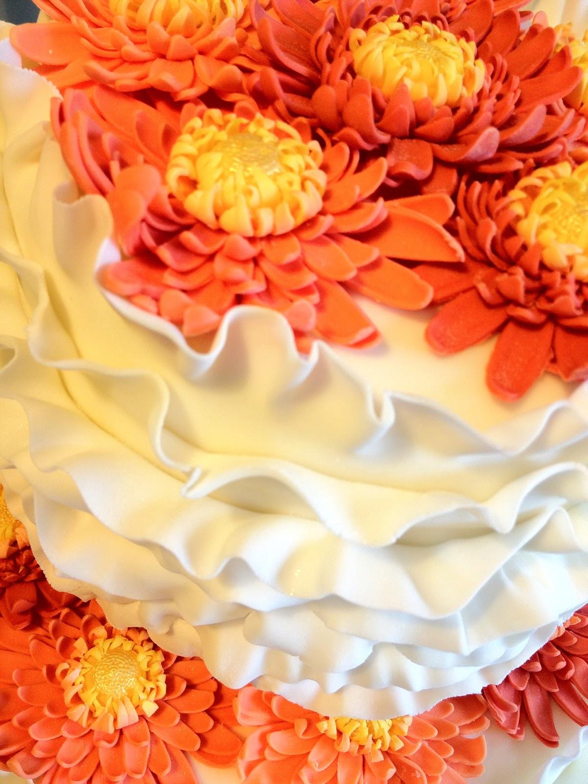 Elaine\'s Sweet Life: Orange Gerbera Wedding Cake