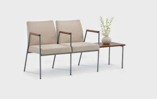 Muebles y decoraci n de interiores sillas y sillones muy for Sillas y sillones modernos