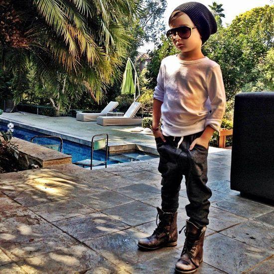 ألونسو ماتيو - الطفل ذو الخمس سنوات الذي اصبح اشهر عارض ازياء Alonso-Mateo7%5B1%5D