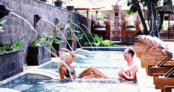 The Bali dynasty Resort Beside Pool