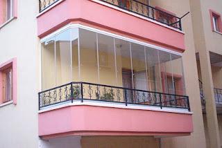 ¿Necesita un cerramiento en su balcón?