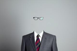 Sociedade invisível: por que não enxergamos os problemas do outrem.