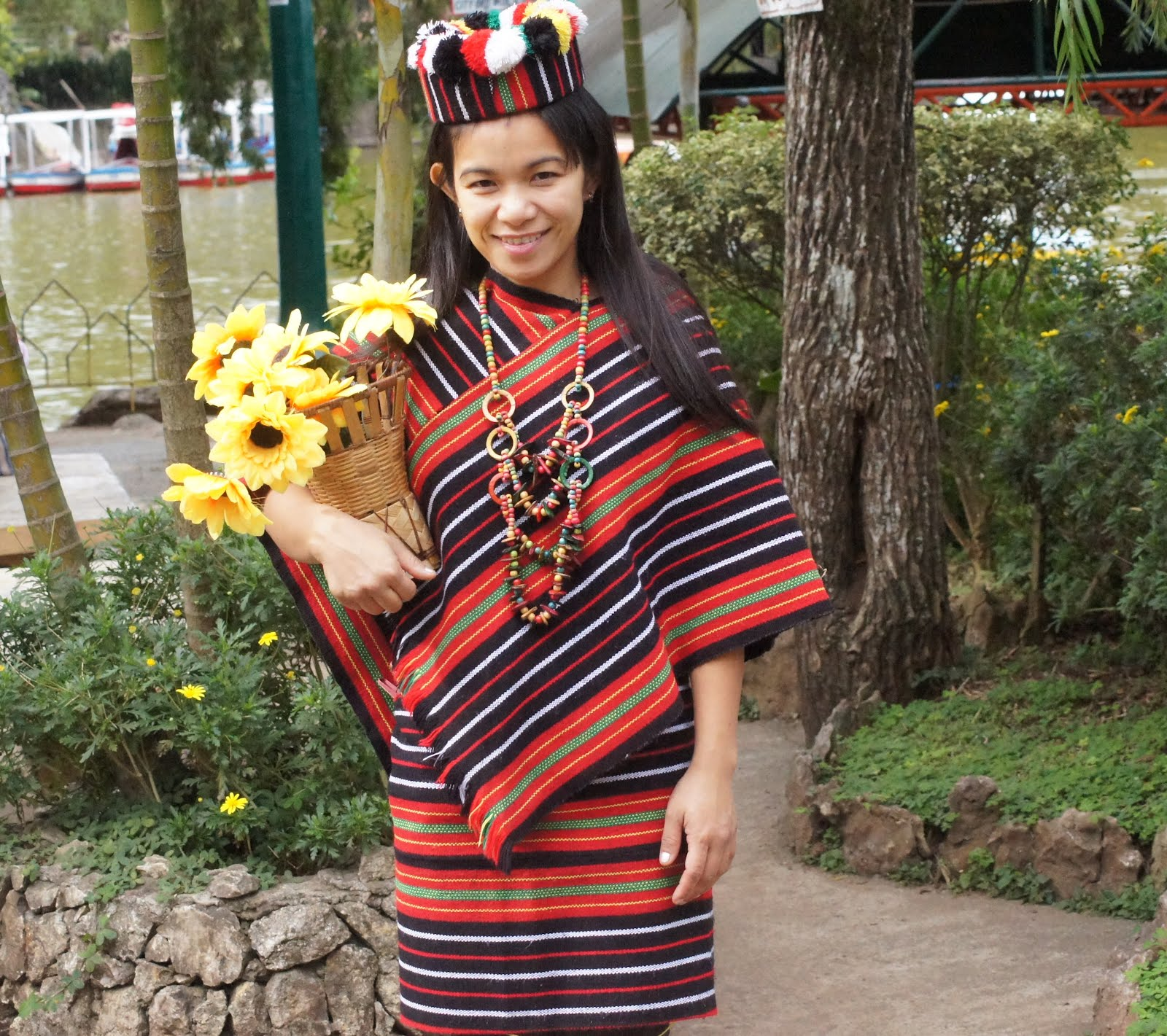 Filipino Native Costumes http://theclamorofkalinga.blogspot.com/2012/01/beautiful-igorot-woman-in-her-native.html