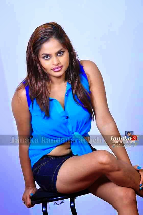 Thanuja Jayasinghe shorts hot