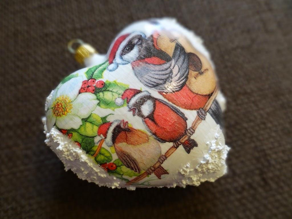 jak udekorować dom na Boże Narodzenie, bombka decoupage, rękodzieło