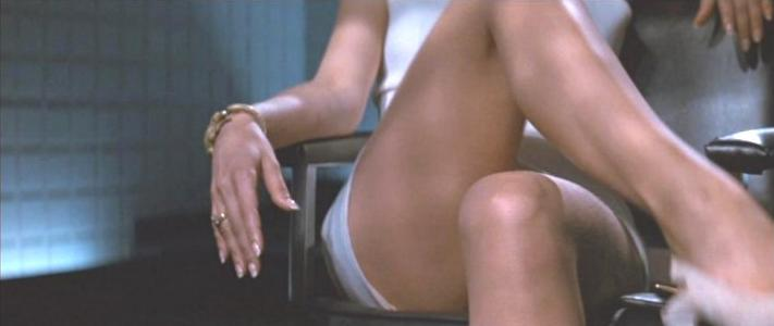 Sharon Stone Basic Instinct 1992 movieloversreview.blogspot.com