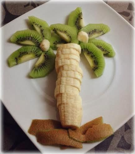 Palmera de plátano y kiwi