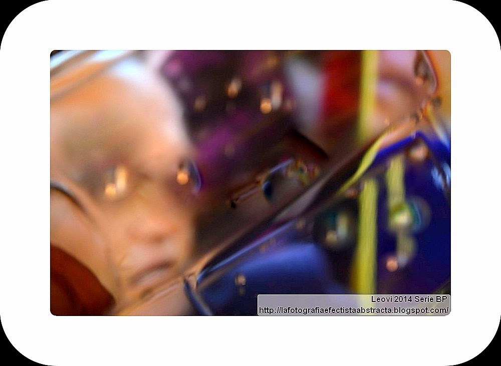http://lafotografiaefectistaabstracta.blogspot.com/2015/04/abstract-photo-3362-jealousy-dream.html