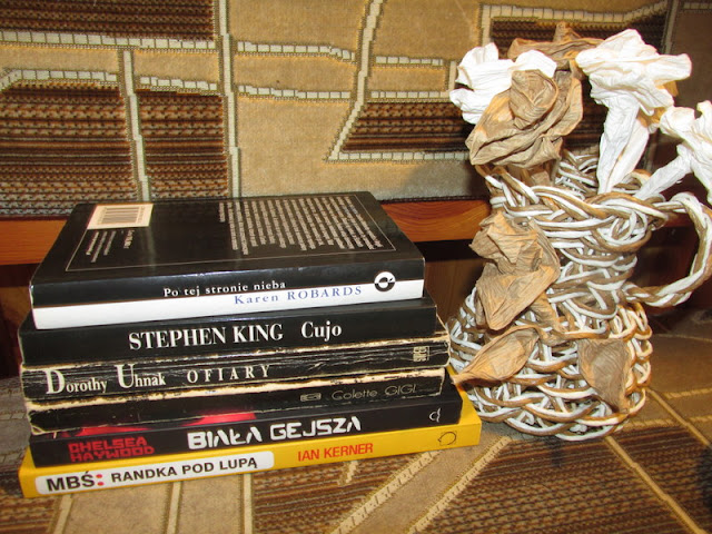 O tym, jak zmiana stanu cywilnego wpływa na powiększanie się mojej biblioteczki!