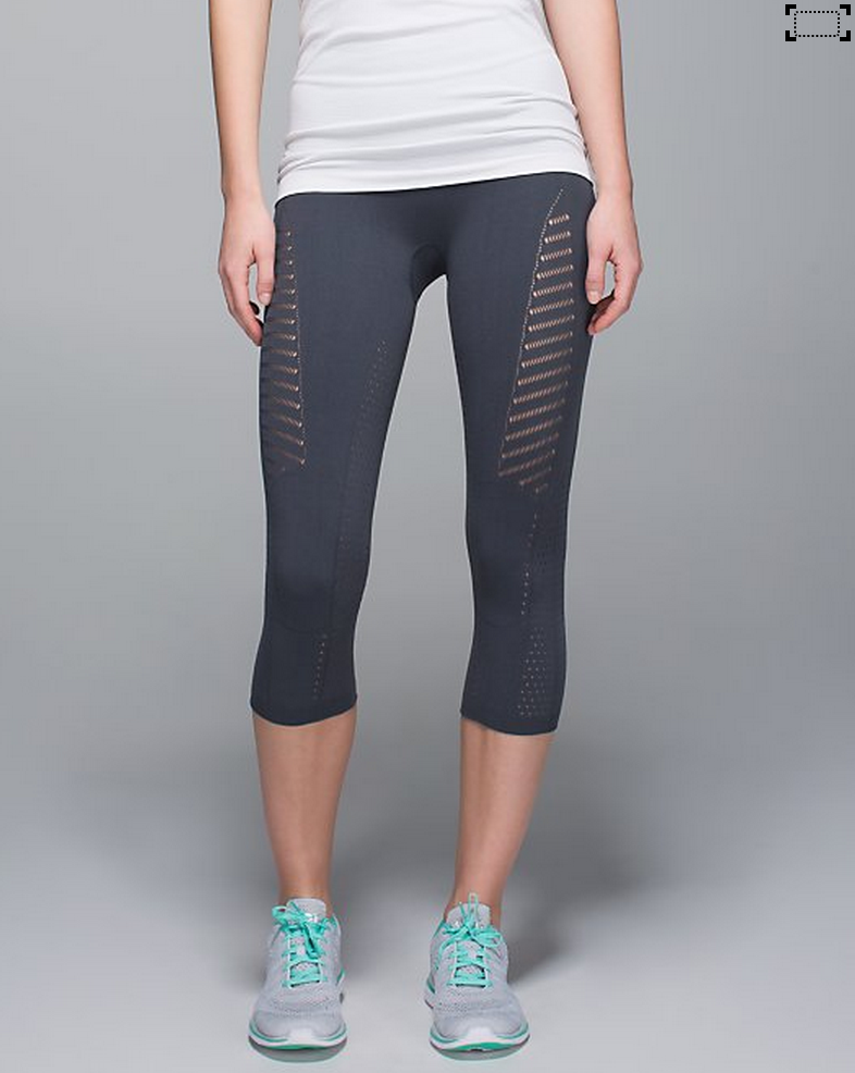 http://www.anrdoezrs.net/links/7680158/type/dlg/http://shop.lululemon.com/products/clothes-accessories/crops-run/Light-Speed-Crop?cc=17477&skuId=3619706&catId=crops-run